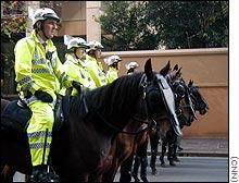 Australian police prepare to meet anti-WTO demonstrators in Sydney Thursday