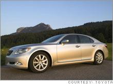 lexus_sedan.03.jpg