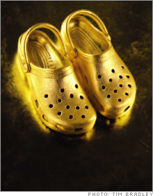 gold_shoes.03.jpg